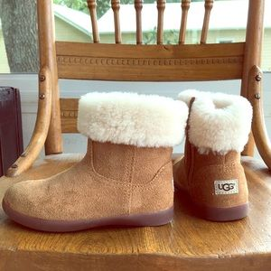 UGG Boots Girls Size 9